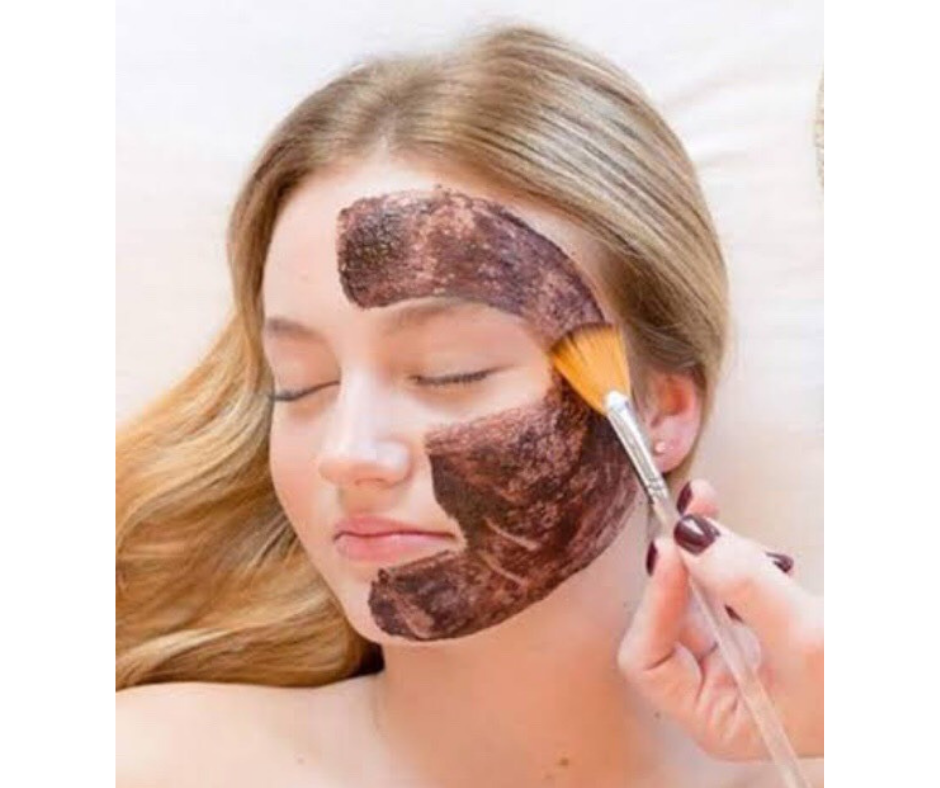 DIY COCOA FACE MASK FOR BRIGHT SKIN